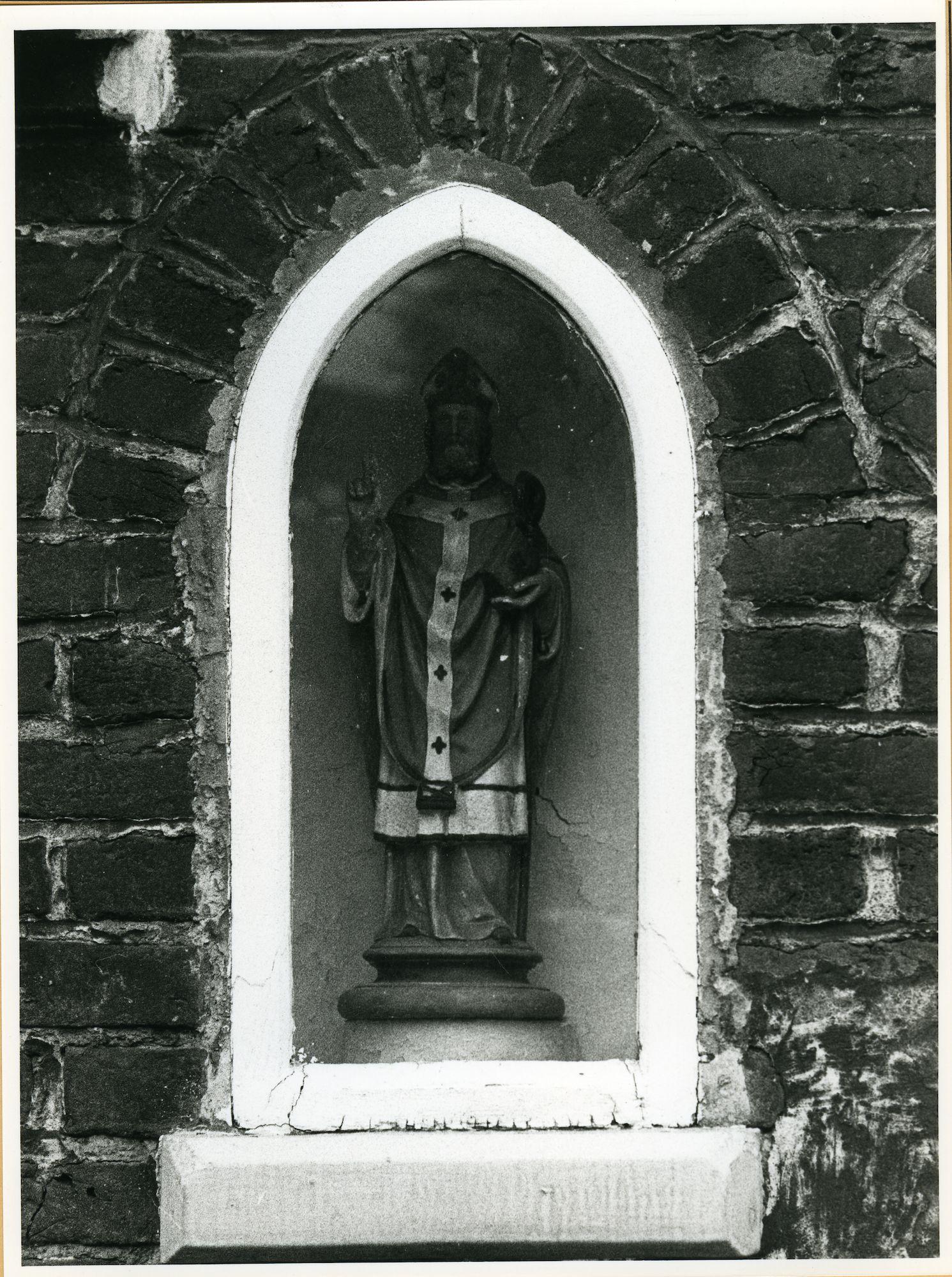 Sint-Amandsberg: Sint-Antoniusplein 56: Nisbeeld