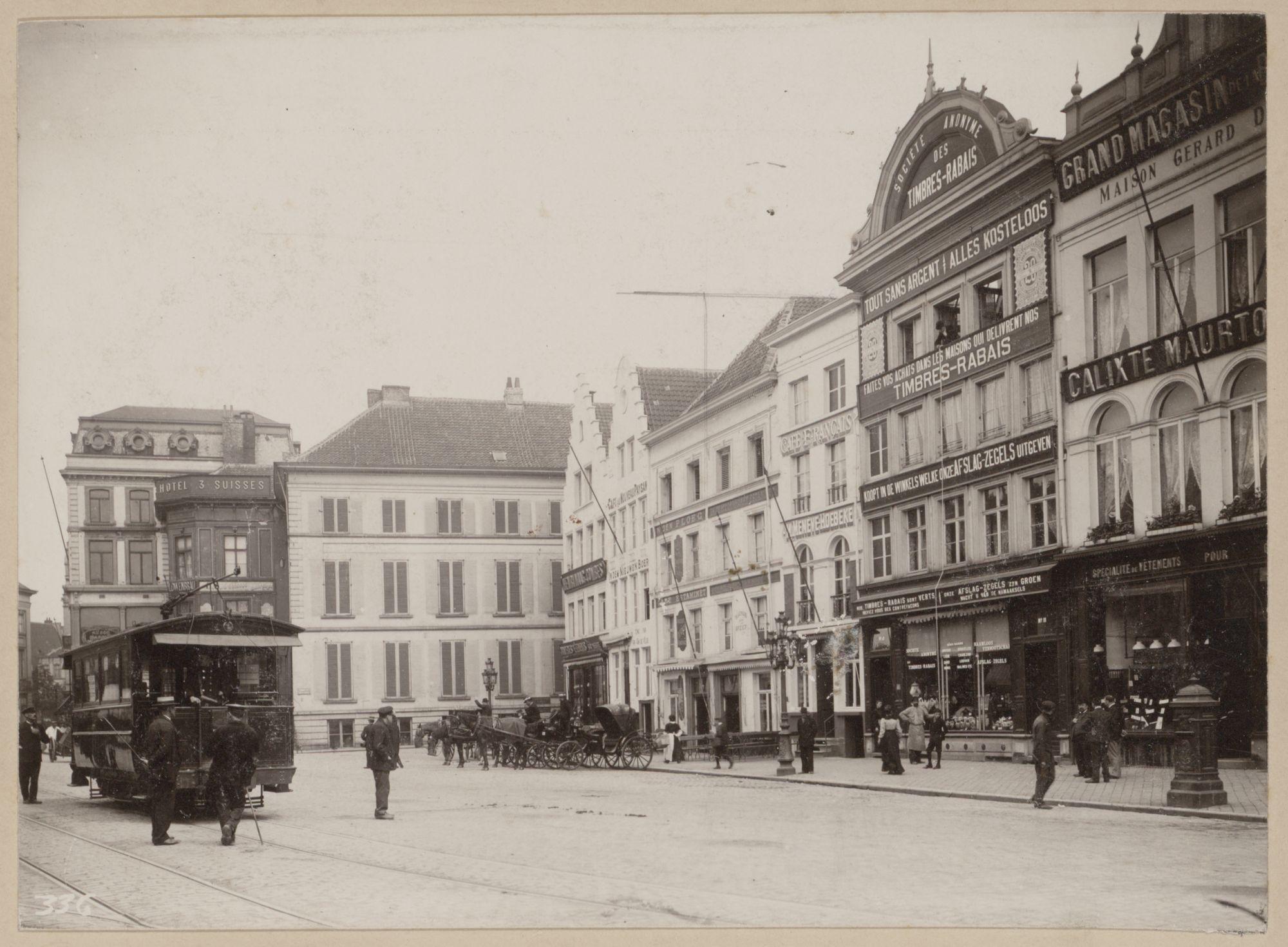 Gent: Korenmarkt, hoek Donkersteeg: hotel 3 Suisses