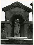 Gent: Begijnhofdries 20: nis met beeld: Margaretha van York