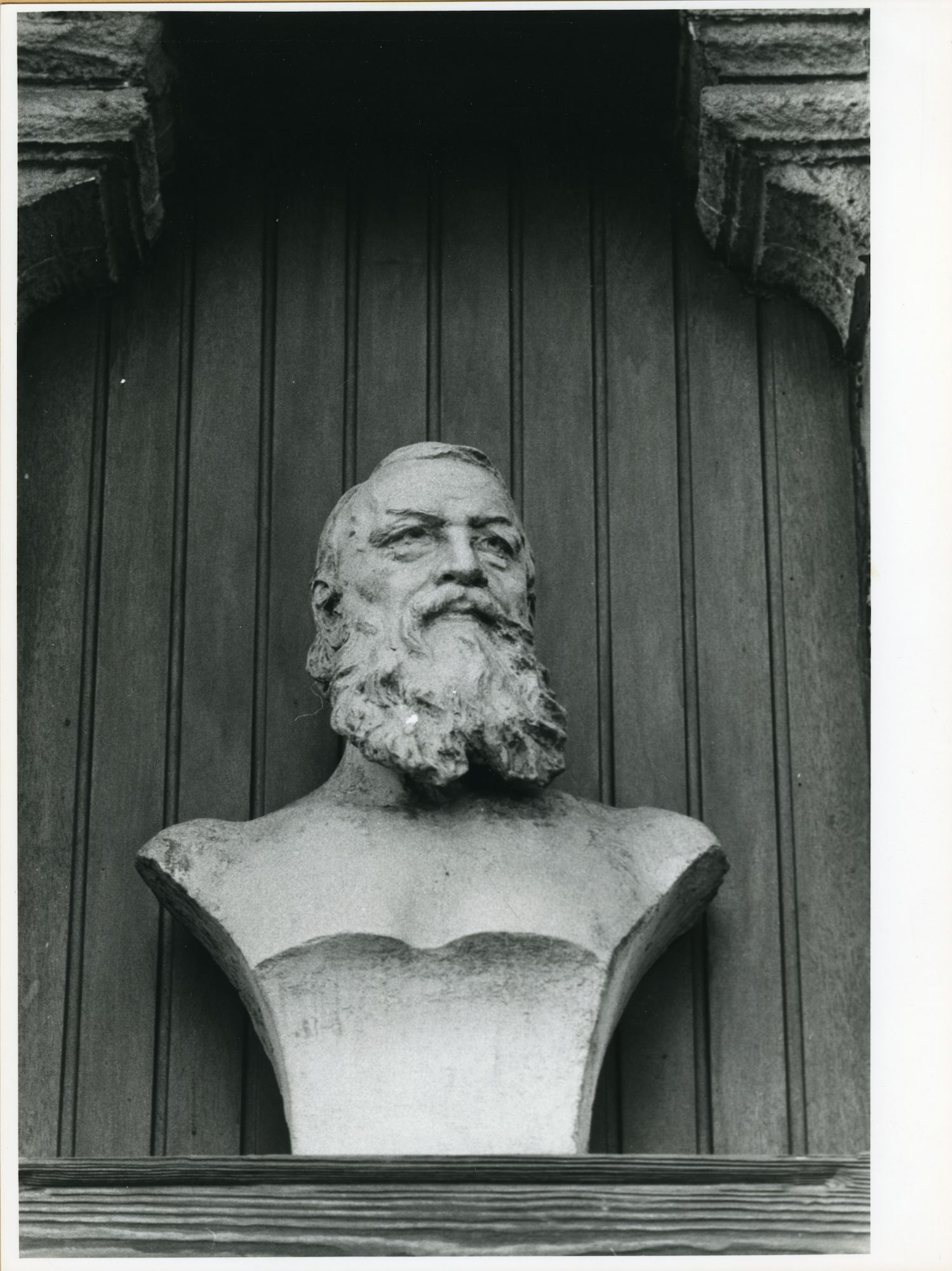 Gent: Vlaamse Kaai 51: Buste, 1979