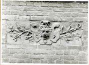 Gent: Maria van Bourgondiëstraat 10: Gevelsteen, 1979