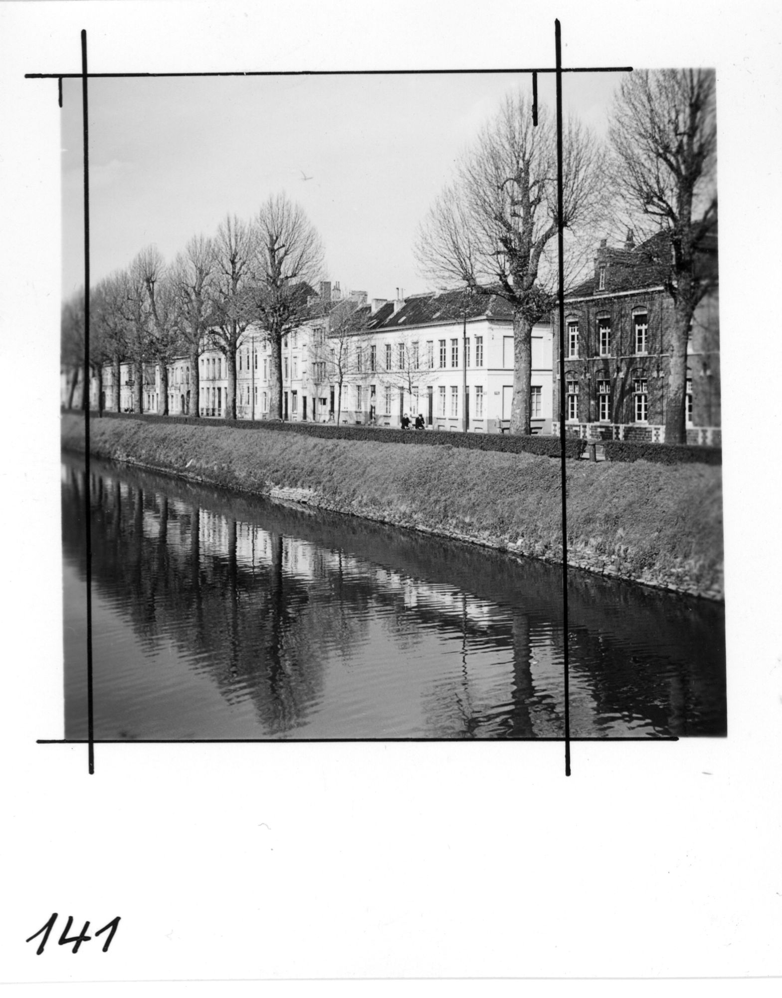 Coupure16_19610412.jpg