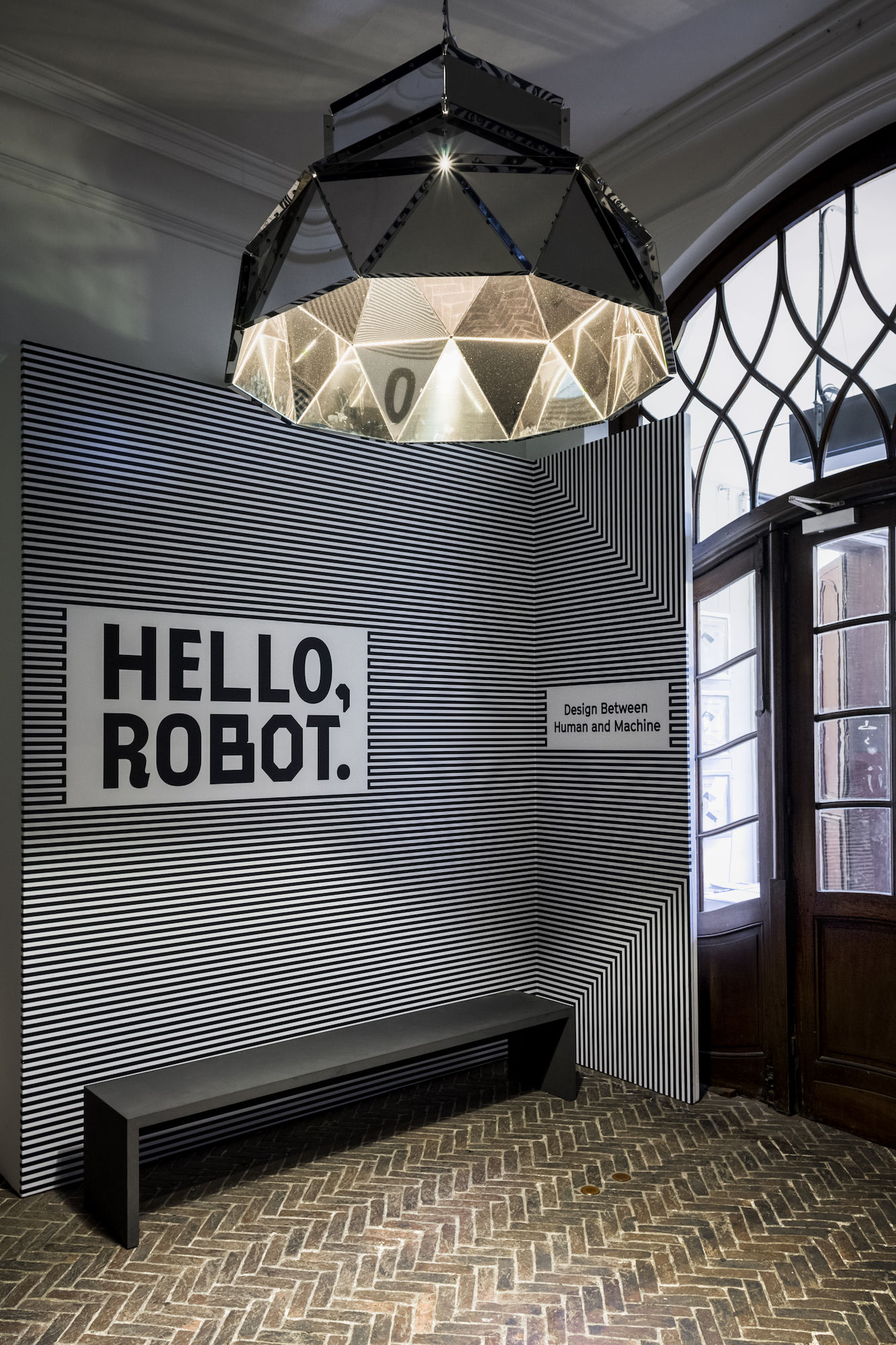 Hello, Robot. - DARK APOLLO