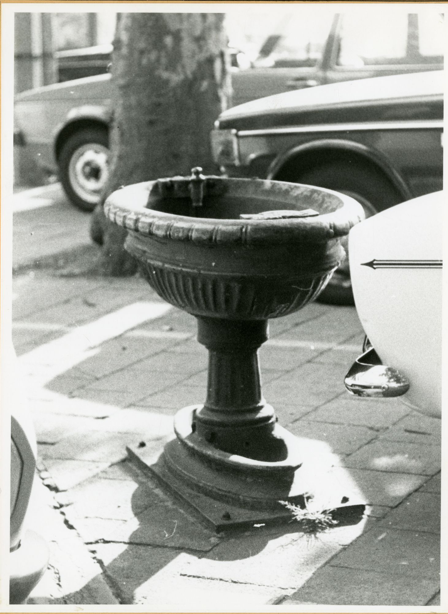 Gent: Bij St-Jacobs: Drinkbekken, 1979