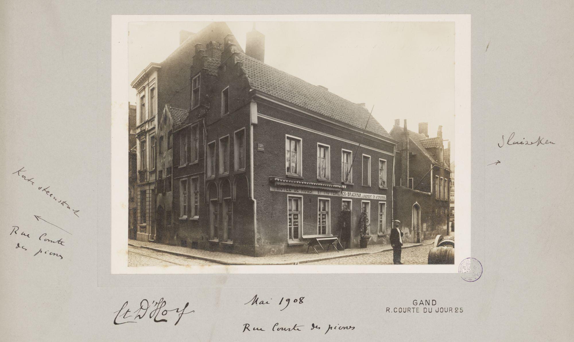 Gent: Hotel De Roos (bij Ivo Teirlinck-Brackman), hoek Korte Steenstraat (nu Grauwpoort) en Rodelijvekensstraat