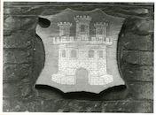 Gent: Hoogpoort: St-Jorishof: Cartouche: wapenschild van Castilië, 1979