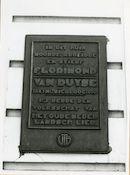 Gent:Laurent Delvauxstraat 12: Gedenkplaat, 1979