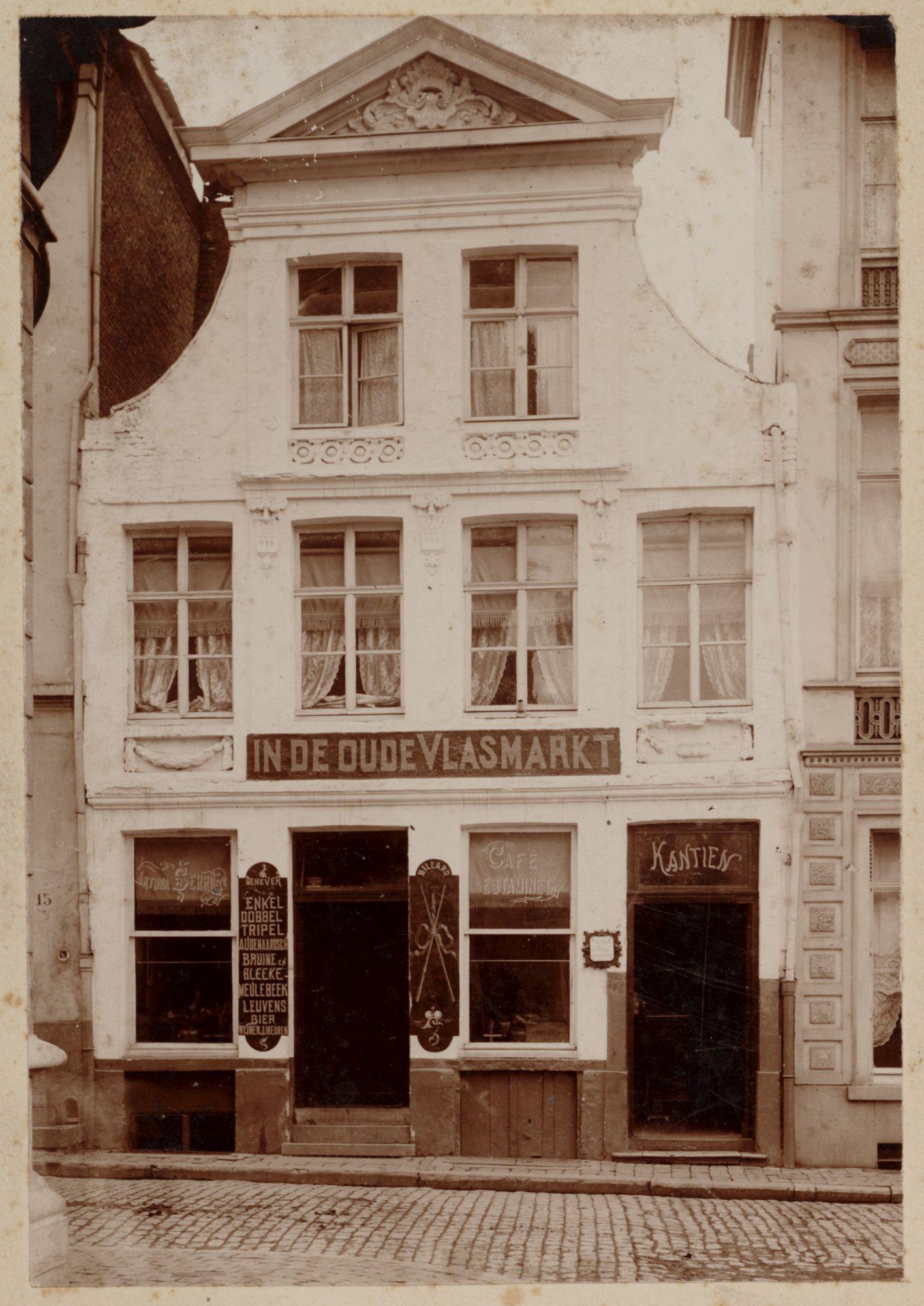 Gent: Koningstraat: café In de Oude Vlasmarkt
