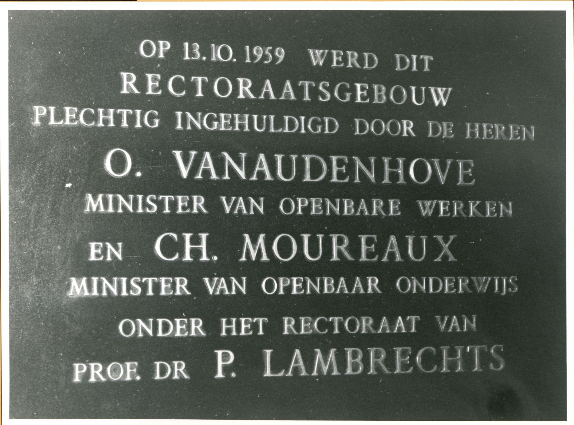 Gent: Sint Pietersnieuwstraat 33: Gedenksteen, 1979