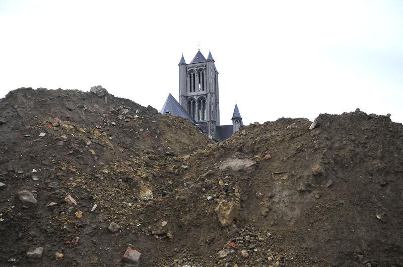 20090902_opgravingen_Emile_Braunplein.jpg
