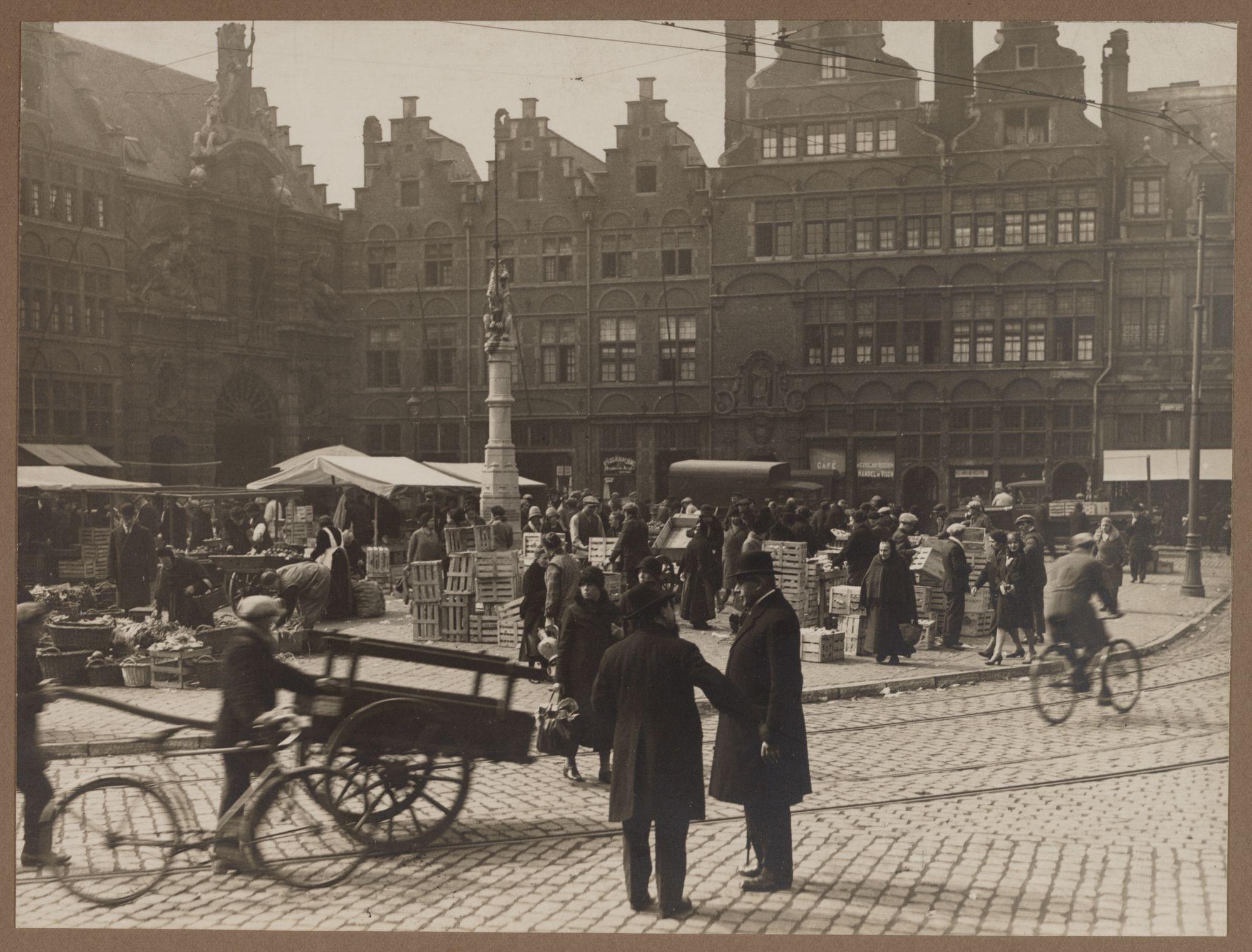 Gent: Markt op het Sint-Veerleplein