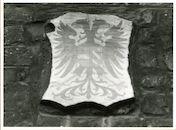 Gent: Hoogpoort: St-Jorishof: Cartouche: wapenschild van Oostenrijk, 1979