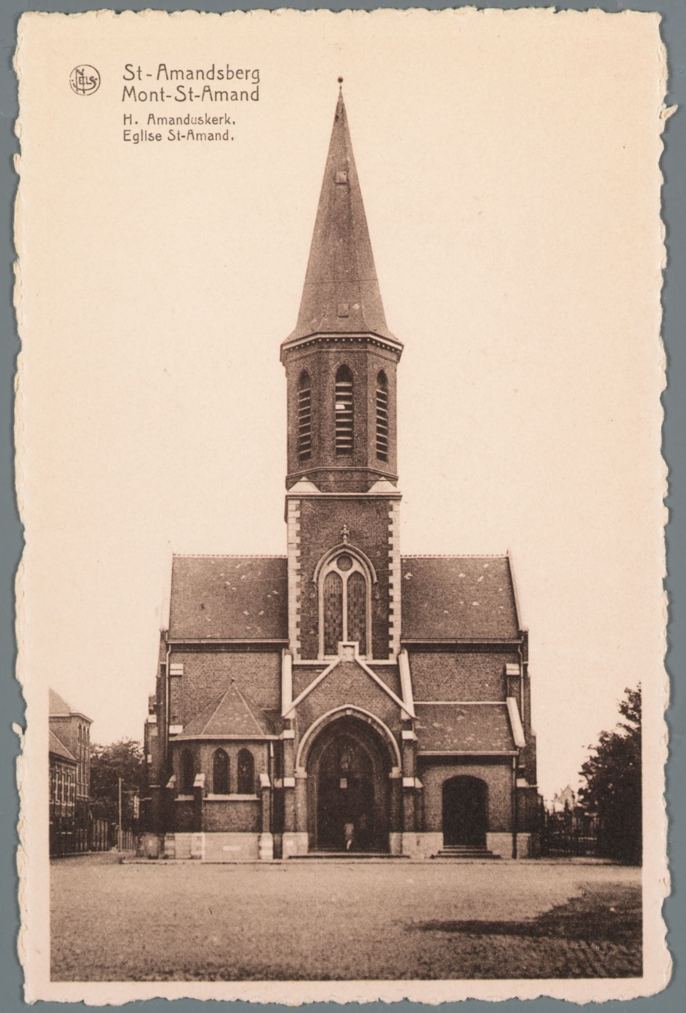 Sint-Amandsberg: Sint-Amanduskerk