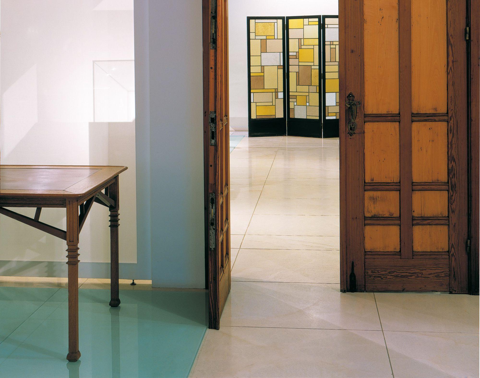 Design museum art deco-nouveau.jpg