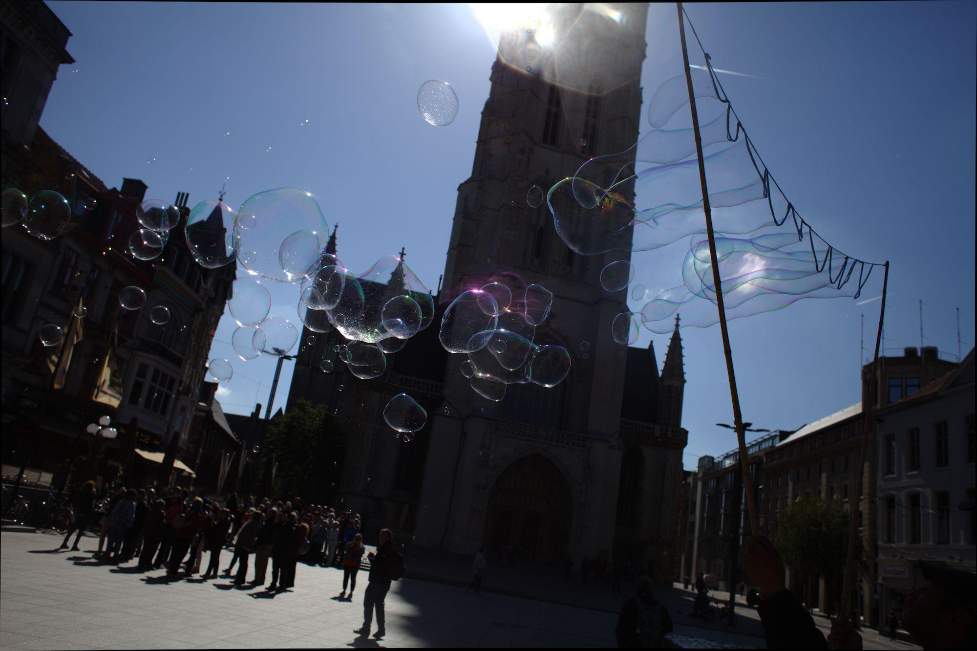 2019-05-14 Stad Gent_St Baafsplein Belfort Zeepbellen_IMG_9826.CR2