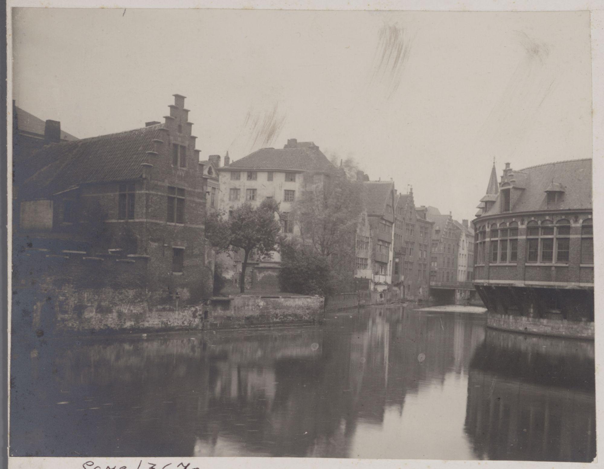 Gent: Samenvloeiing van de Lieve en de Leie aan de Oude Vismijn