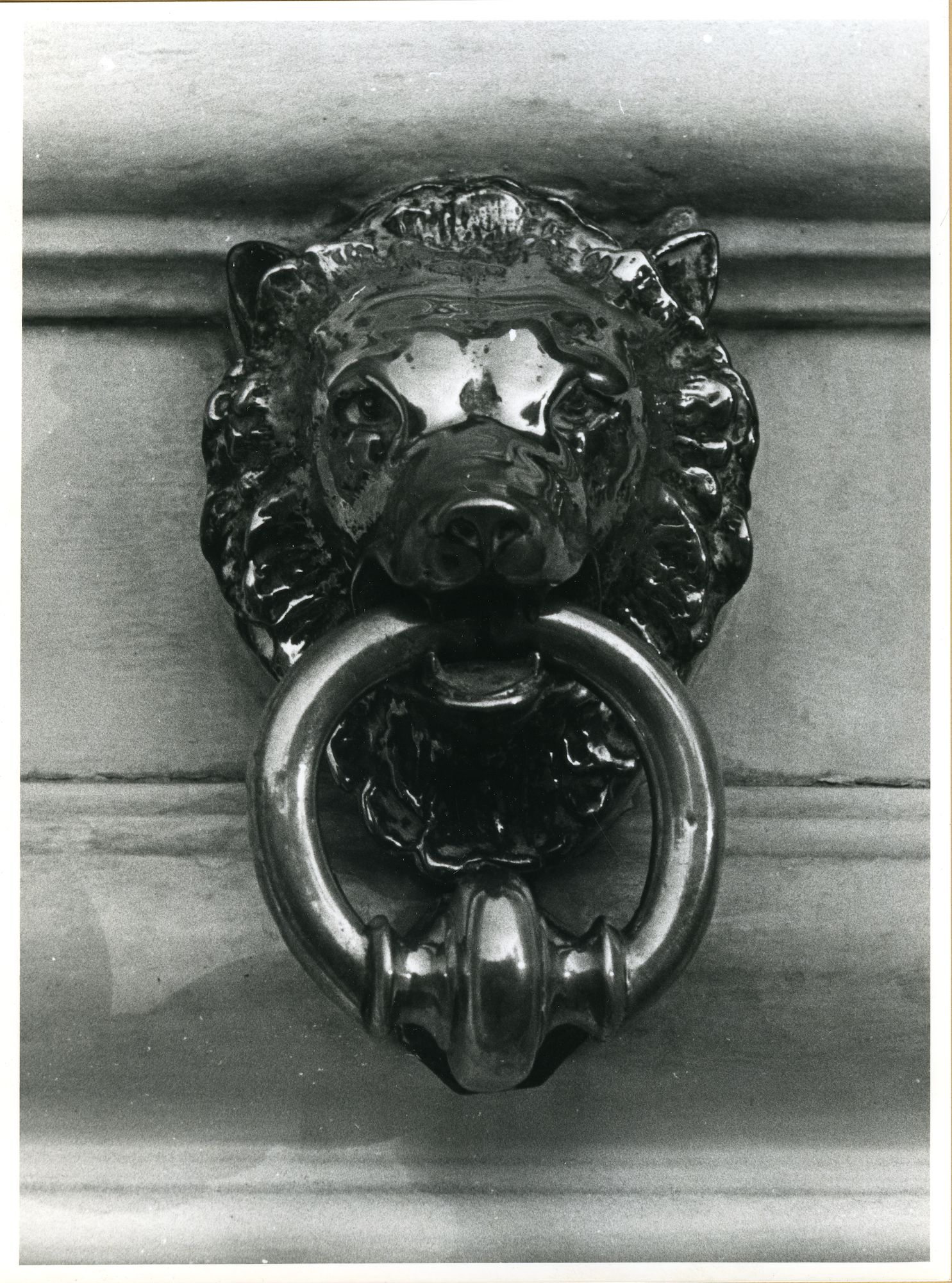 Gent: Muinkkaai 55: deurklopper