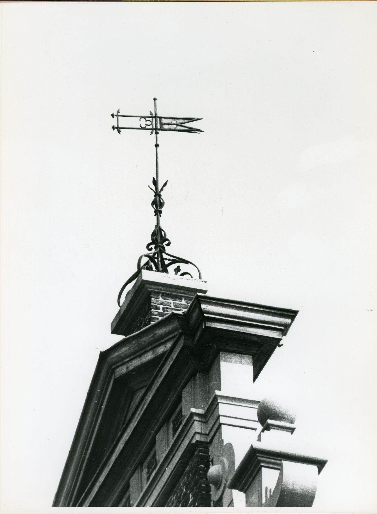 Mariakerke: Alphonse Claeys Bouuaertlaan: Windwijzer, 1979