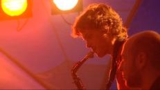 jazz in tpark-MPEG-2 3,3Mbps 2-pass.m2v