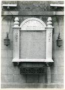 Gentbrugge: Emanuel Hielstraat: Gedenkplaat, 1979