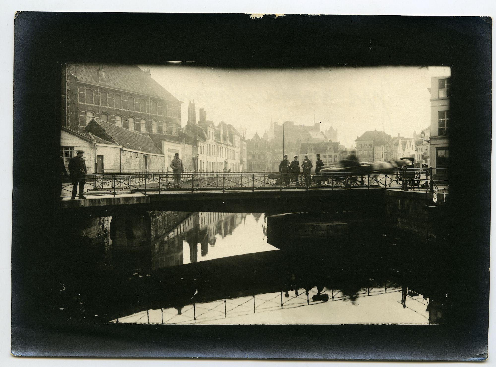 Gent: Lievekaai en Sint-Antoniuskaai: Sint-Antoniusbrug, 1915-1916