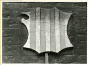Gent: Hoogpoort: St-Jorishof: Cartouche: wapenschild van Arragon, 1979