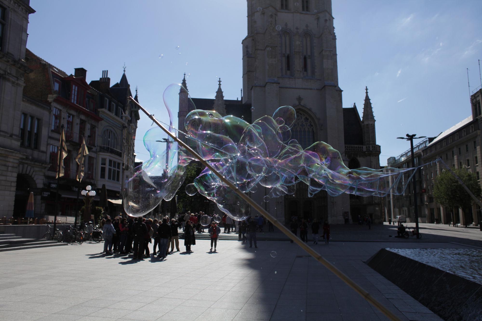 2019-05-14 Stad Gent_St Baafsplein Belfort Zeepbellen_IMG_9839.JPG