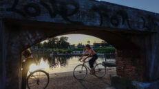 20210817_Oude Dokken_Houtdok_Openbaar Domein_Zitbanken_groen_wandelaars_fietsers_0024.jpg