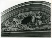 Gent: Veldstraat 51-55: Beeldhouwwerk, 1980