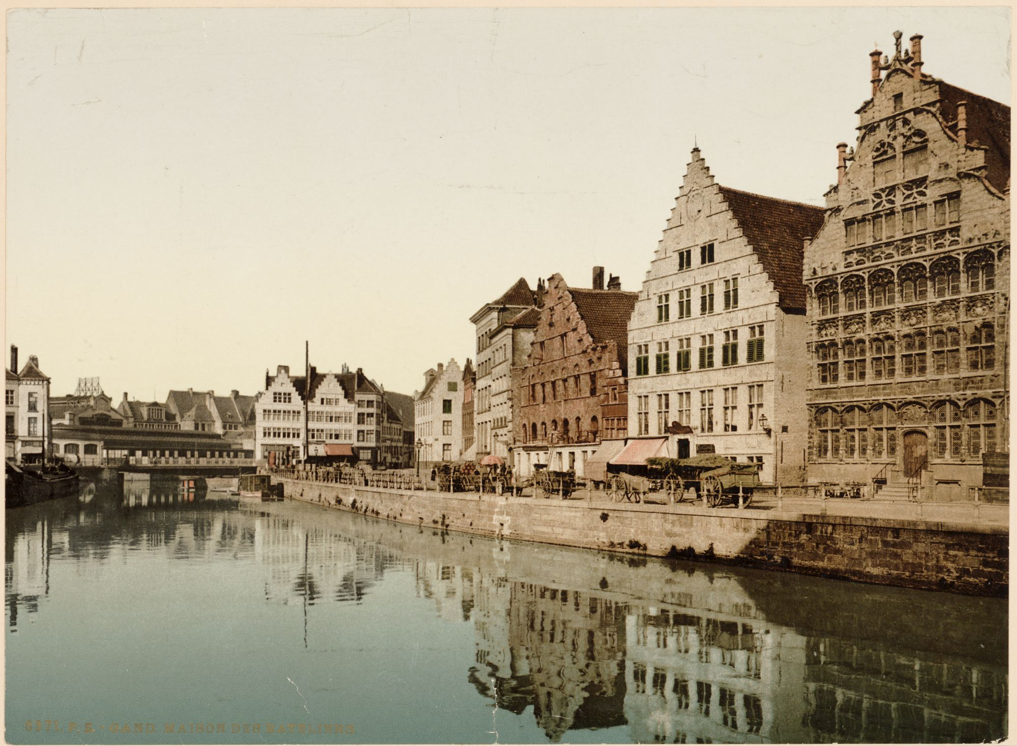 Gent: Graslei met Huis Vrije Schippers