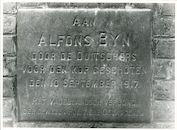 Drongen: Oude-Abdijstraat 37: Gedenksteen, 1979