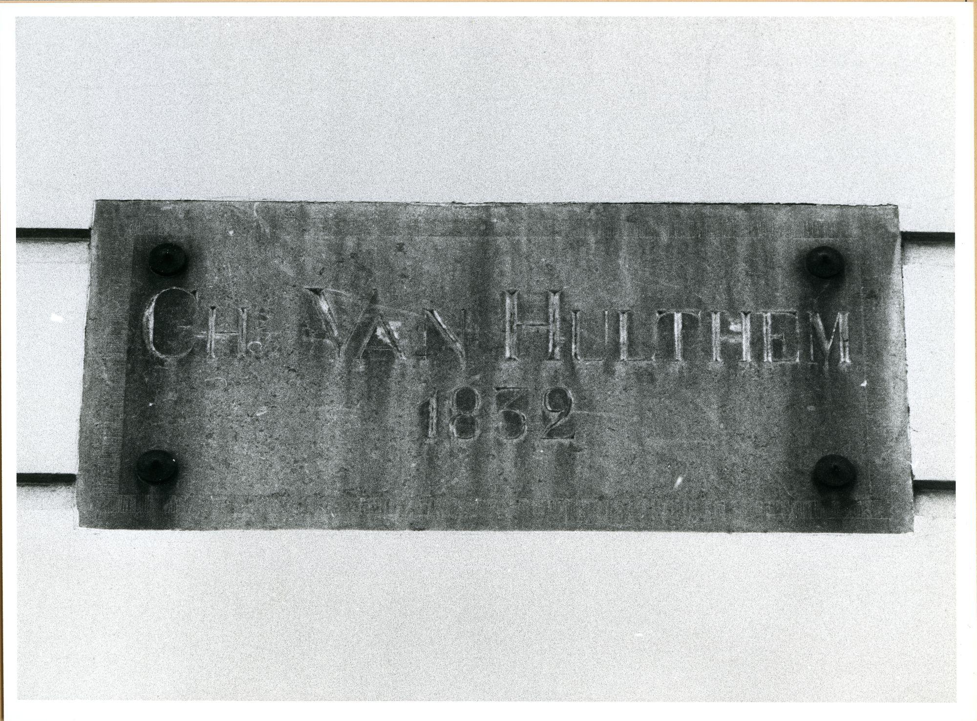 Gent: Ottogracht: Gedenksteen, 1980