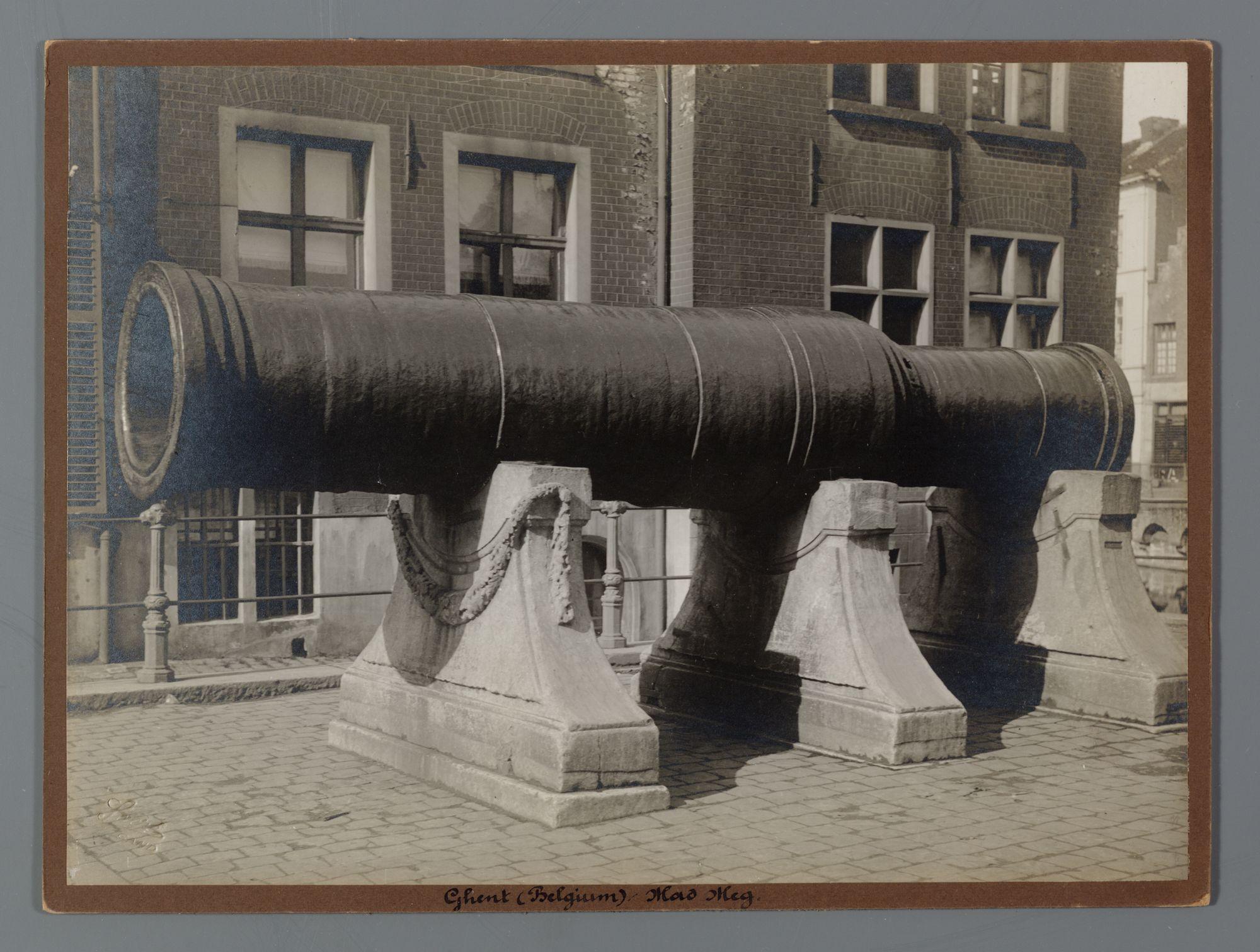 Gent: Dulle Griet, Grootkanonplein