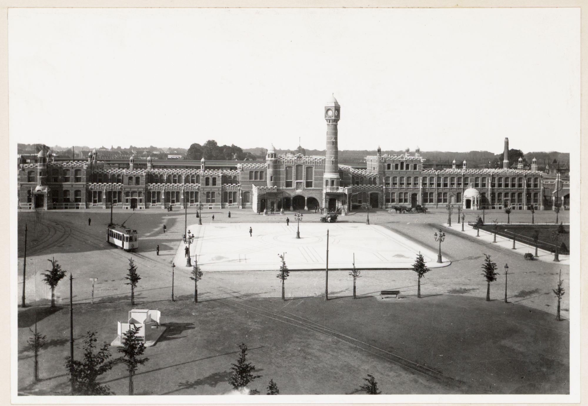 Gent: Koningin Maria Hendrikaplein en Sint-Pietersstation