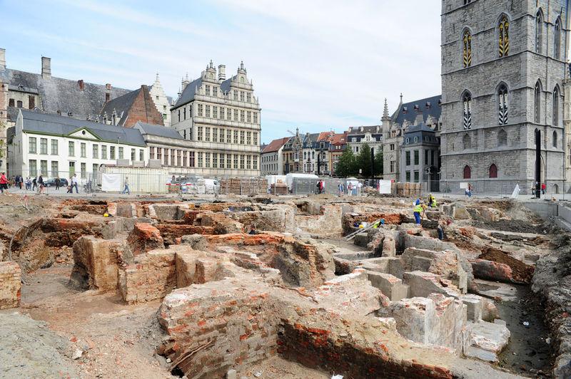 20100906_opgravingen_Emile_Braunplein.jpg