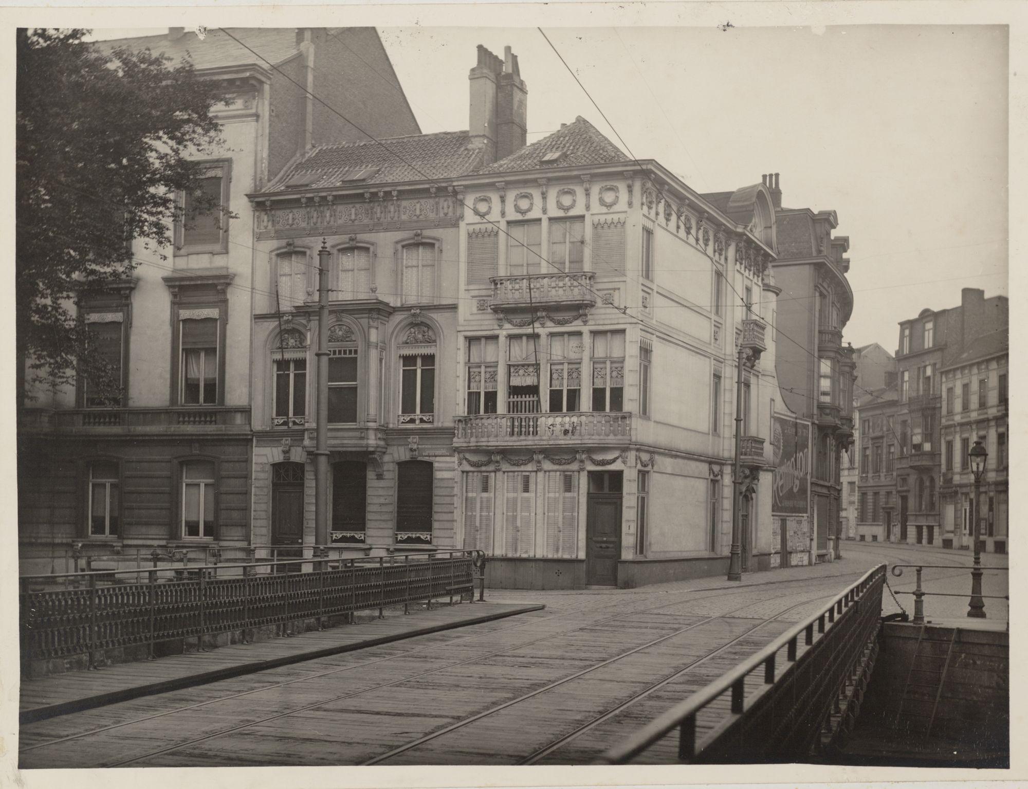 Gent: Recollettenbrug, hoek Recollettenlei en Gebroeders Vandeveldestraat