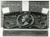Gent: Fortlaan 52: reliëf: hoofd, 1979