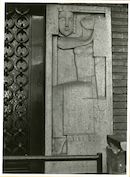 Gent: Bernard Spaelaan 131-135: reliëf: Artes, 1979
