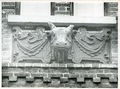 Gent: Nieuwenhoven 27: Beeldhouwwerk, 1979