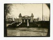 Gent: Citadelpark: Feestpaleis: Leichtkrankenabteilung (afdeling voor lichtgewonden): trappen naar de hoofdingang, 1915-1916