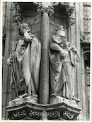 Gent: Botermarkt: stadhuis: nisbeelden: Boudewijn VI en Robrecht de Fries