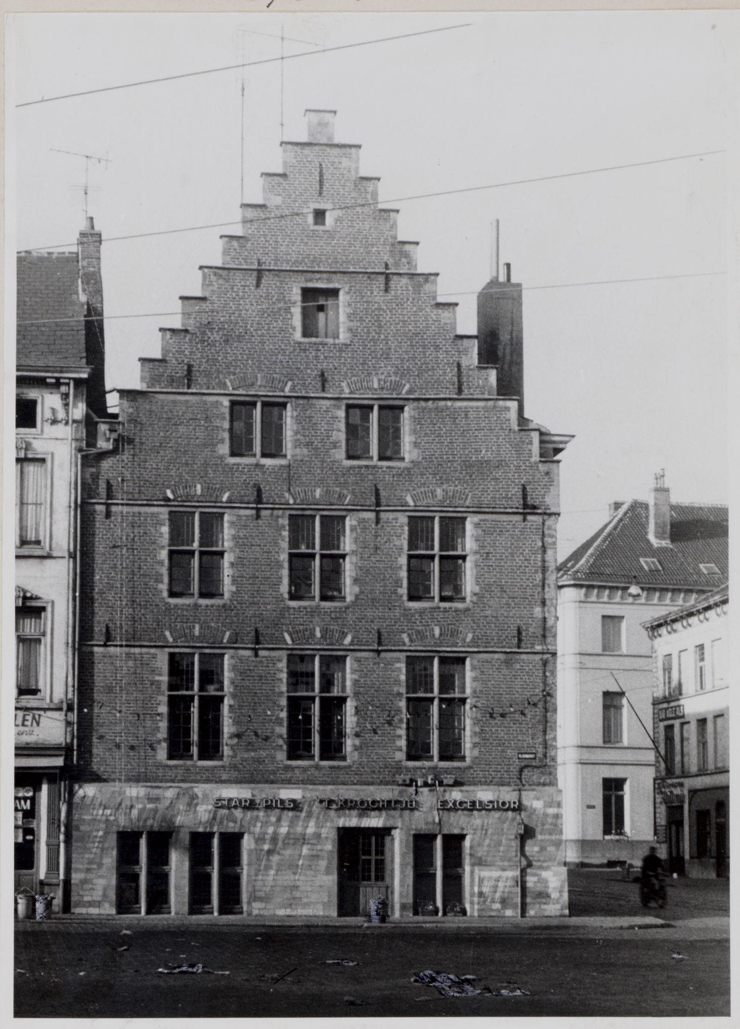 Gent: Vlasmarkt: Burgerhuis 't Krochtje