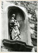 Gent: Karmelietenstraat: Beeldhouwwerk, 1979
