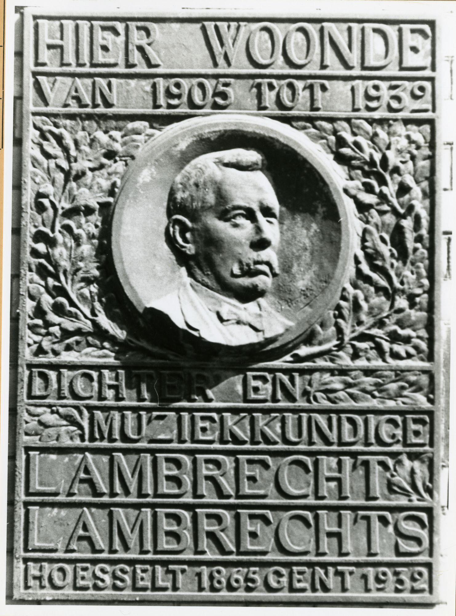 Gent: Kunstlaat 51: Gedenkplaat, 1979