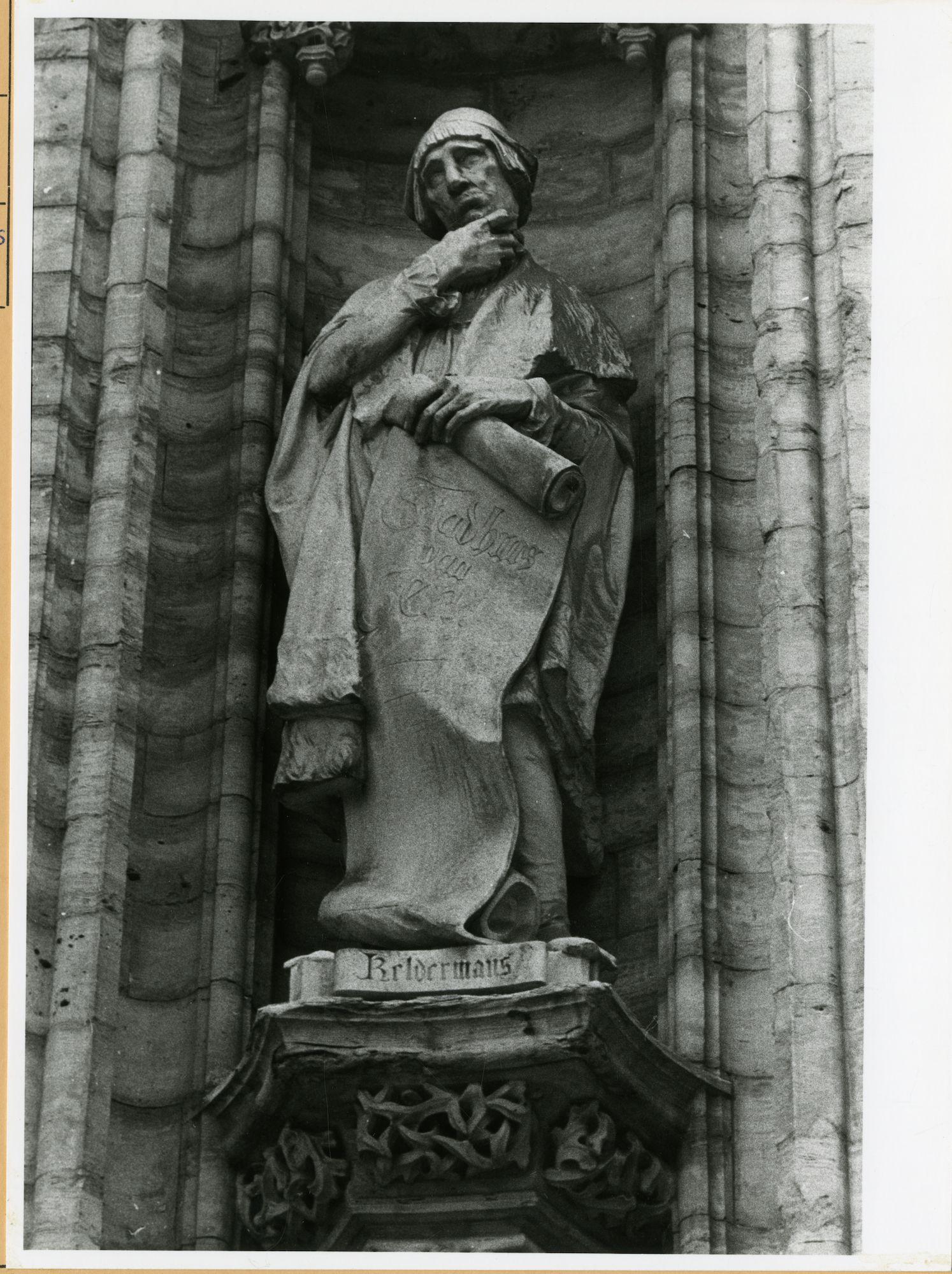 Gent: Botermarkt: stadhuis: nisbeeld: Rombout II Keldermans