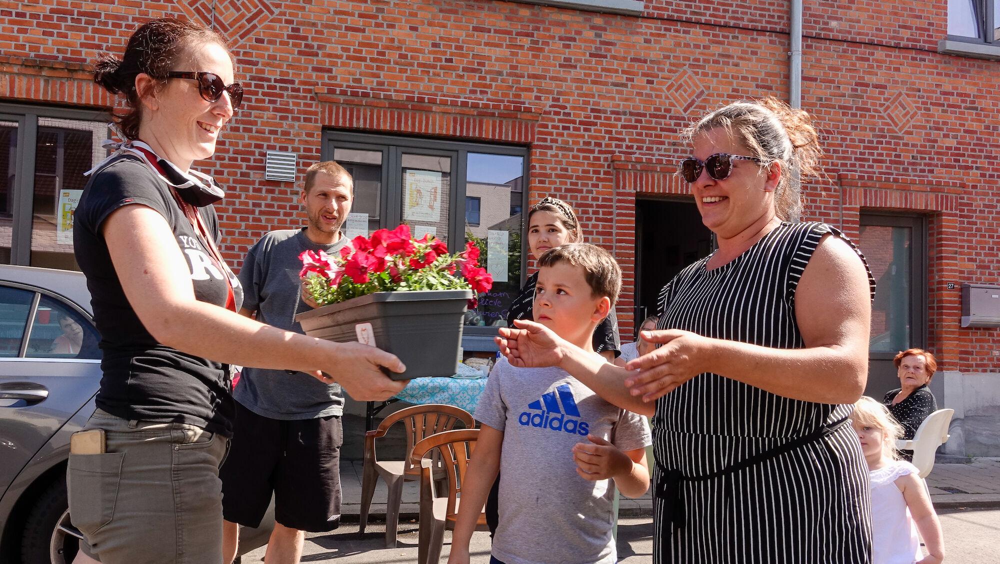 2020-05-29 Ledeberg_Dag van de Buren_bloemen__DSC0426.jpg