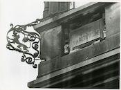 Gent: Belfortstraat 2: geveldecoratie, 1979