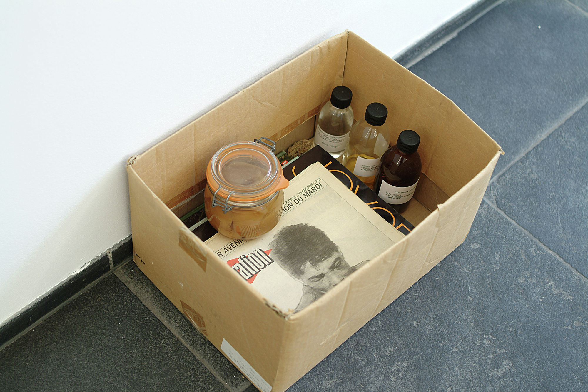 Maurice Blaussyld, Boîte en carton (?)