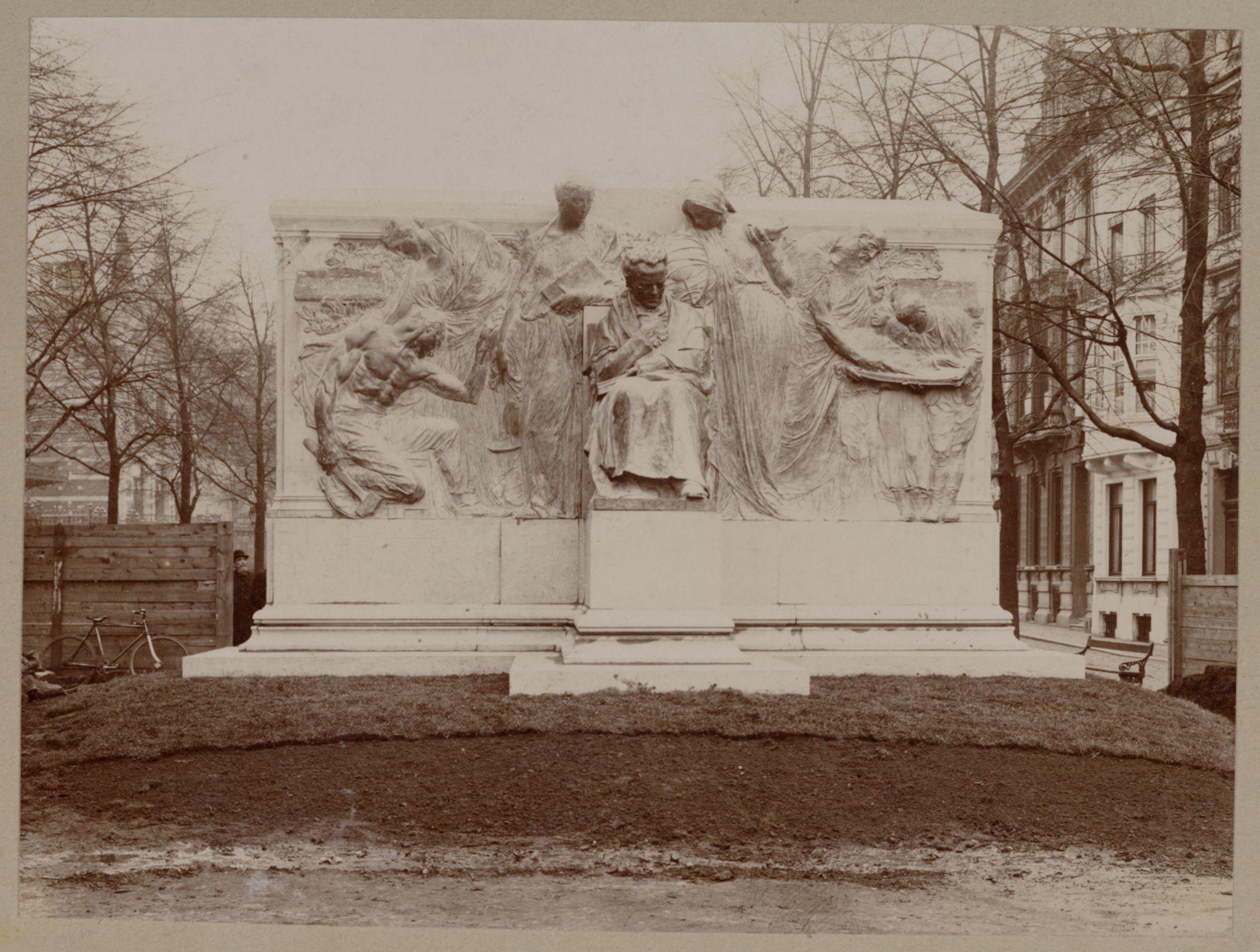Gent: Monument François Laurent, François Laurentplein