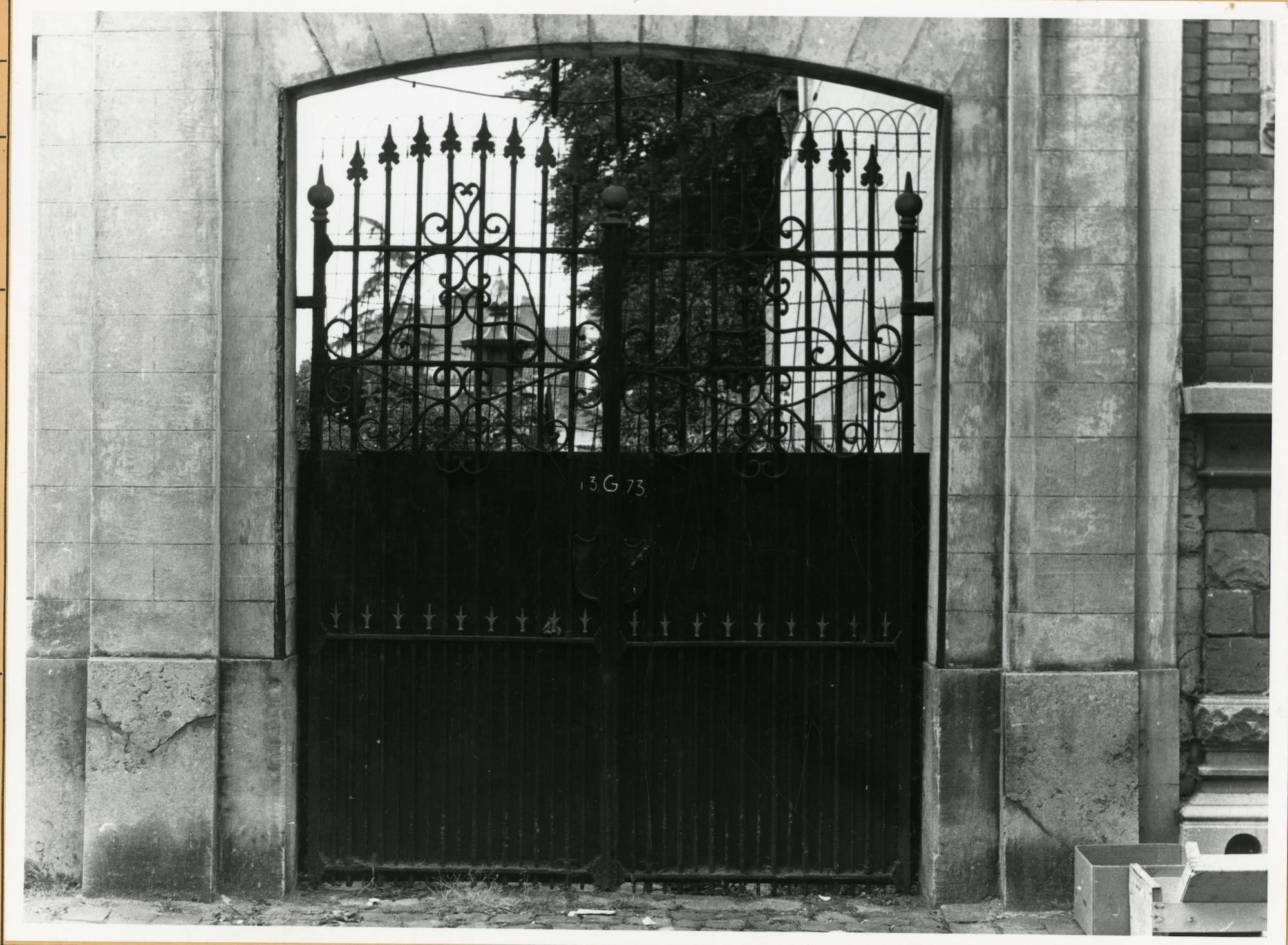 Koning Leopold II-Laan 22: Poort, 1979